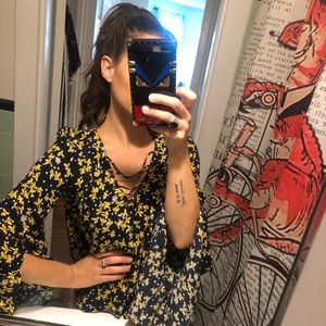 Flare sleeve patterned top